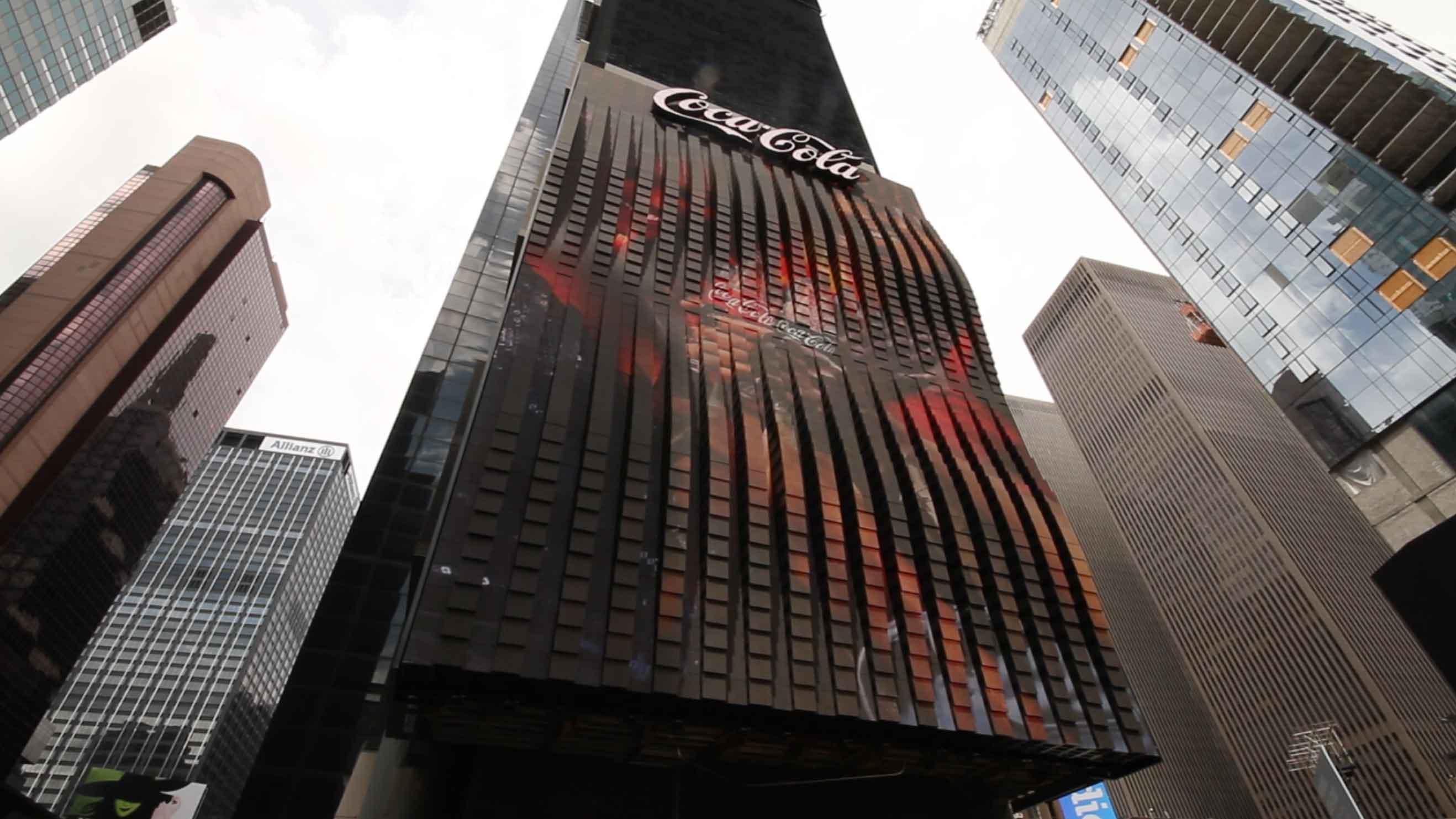 Radius Displays Partners With Coca Cola To Unveil Iconic